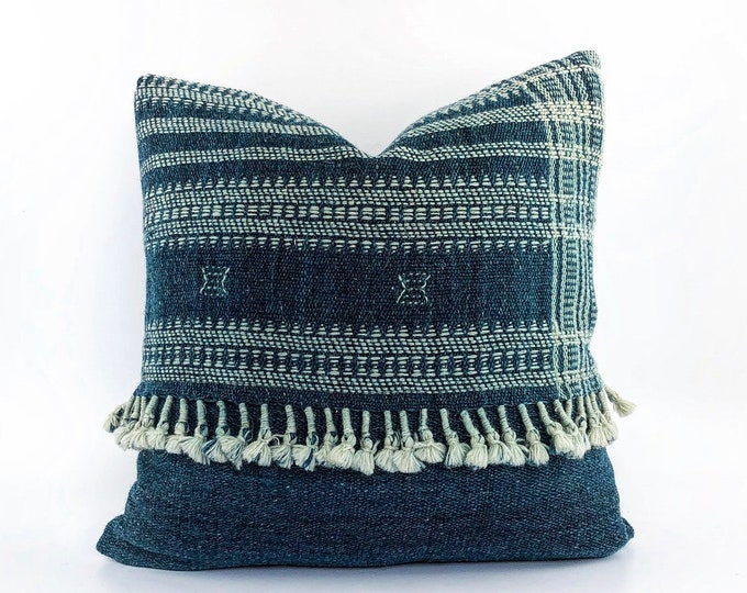 Handwoven Indian Teal Blue Wool Pillow Cover With Tassels 18x18