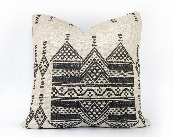 Indoor/Outdoor Woven Tribal African Pillow Cover 20x20