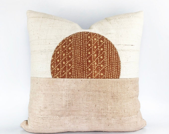 African Mudcoth Modern Minimal Landscape Circle Pillow Cover 20x20