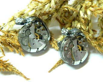 Steampunk earrings Lizards guards jewelry, mechanical clockwork, old silver colored handmade decorated jewellery unique gift for woman, girl