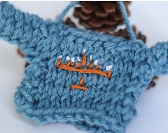 Personalize Family Ornament Gift, Chanukah Decoration 2020, Ornament Exchange, Knit Embroidered Mini Sweater, Hanukah Bush Ornament