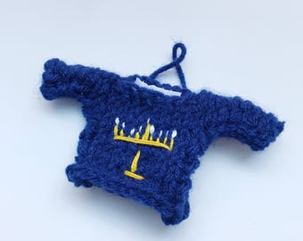 Mini Chanukah Decoration, Embroidered Menorah, Sweater Ornament, Personalized Gifts for Family