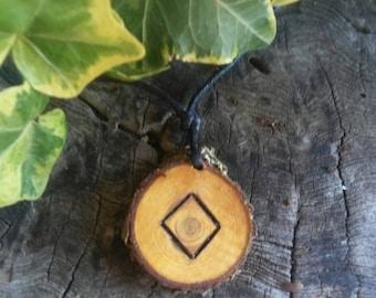 Ingwaz rune pendant, lucky rune