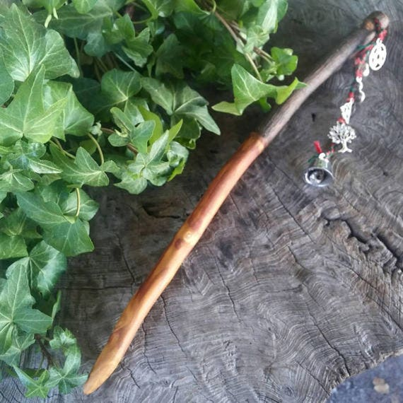 Druid Apple Wand – Magic Wand – Druid – Shaman – Witchcraft – Occult – Wood Wand – Wicca – Handmade - Wand - Ritual - Apple Wood