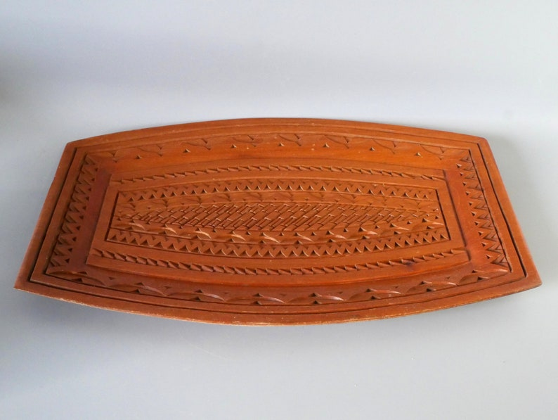 Vintage Hand Carved Wooden Platter Serving Tray 1960/'s Scandinavian Chip Wood Carving Country House Interior Decor