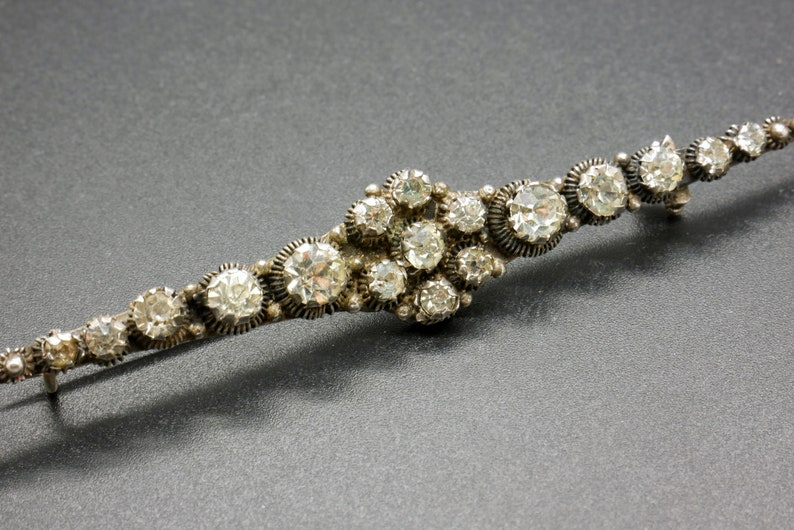 Edwardian style Dutch heritage jewelry Antique Bar Brooch Diamond cut crystals /& 835 silver filigree pin