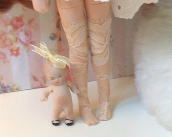 Thigh High Stockings / beige / lace / Blythe