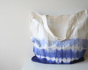 coin bolsos - super size ocean blue tie dye on canvas tote . shopping tote. summer tote. beach tote. minimalist tote