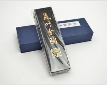 Free Shipping Chinese Calligraphy Material  Hu Kaiwen Choice Pine Soot Ink Stick Ink Block / QYJL - 125g- 0008P