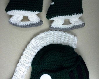 Hockey skates with helmet, green and white, 0-12 months, made to order