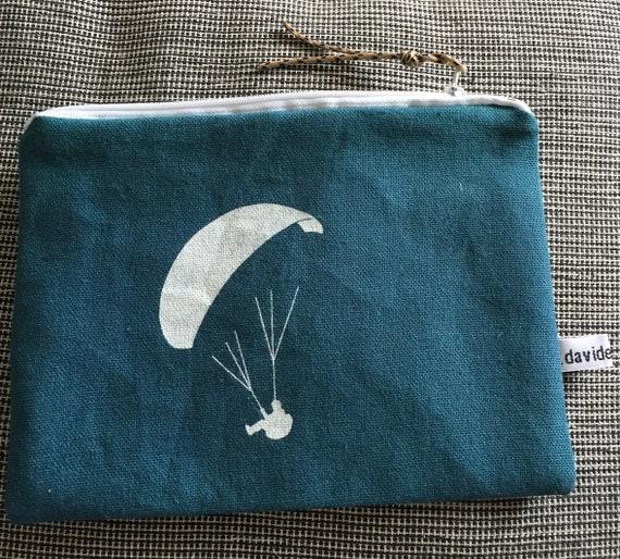 Paragliding pouch