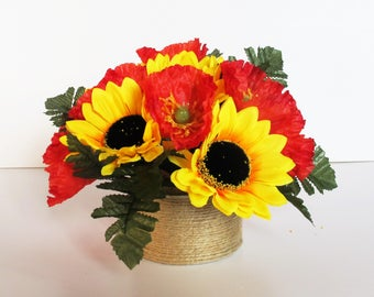 Sunflowers and Poppies Table Decor Yellow Red Green Decoration Silk Flowers Reception Artificial Flowers Table Centerpiece Flower Fabric