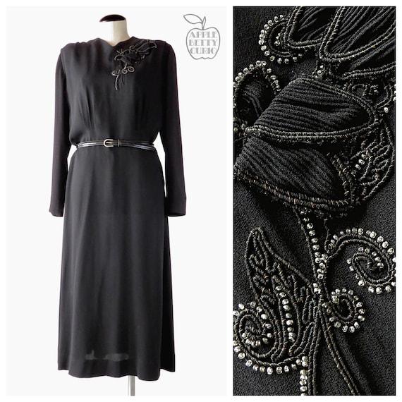 Vintage 1940s Black Dahlia Beaded Wool Crepe Widow
