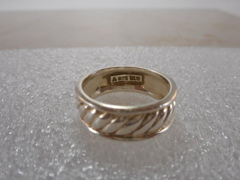 Size 712 Vintage Sterling Silver Wedding Band Raised Ribbed Design