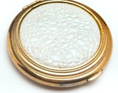 Vintage powder compact MINT white pearlized textured top and gold round case make up powder compact 1950s