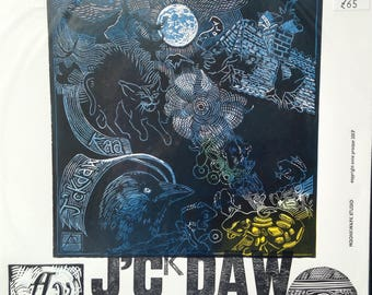 Jackdaws cavort