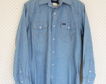 0a3511e285f Vintage Wrangler Denim Shirt