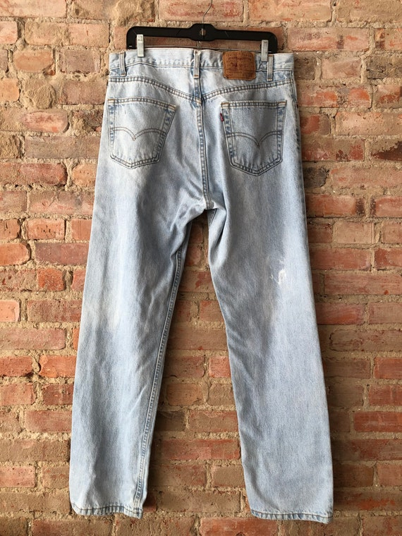 Vintage 505 Levi's -Made in USA- Light Wash-36x34