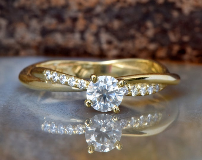 Engagement  Diamond Ring-Solitaire diamond ring-14K Yellow Gold Ring-Women Jewelry-promise ring-Anniversary Gift-for her-multistone ring