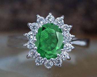 1 carat Green Emerald Engagement Ring-Diamond ring with Emerald-halo emerald ring-Oval cut engagement ring-Diana Ring-vintage emerald ring