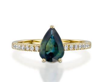 Green tourmaline ring-Green tourmaline Diamond Engagement Ring -Yellow Gold Ring-Anniversary present-Promised ring