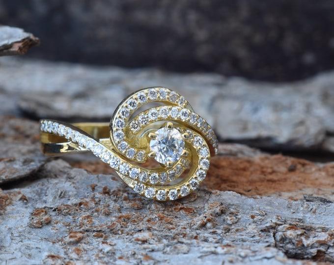 Art deco ring-Diamond Vintage engagement ring -18K Gold Ring-Women Jewelry-Unique diamond ring-Promise ring-Filigree engagement ring-For Her