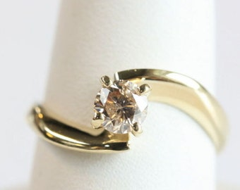 Solitaire diamond ring 0.40 ct-Unique Engagement Ring-14K Yellow Gold -Women Jewelry-Promise ring-Bridal Jewelry-Wedding&engagement-For her