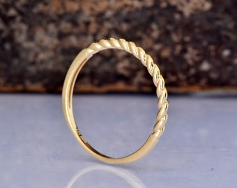 Delicate Wedding Bands for Women-Cluster Wedding band-Gold Diamond Ring-Gold Ring-Eternity wedding band-Thin Wedding Band-Minimalist ring