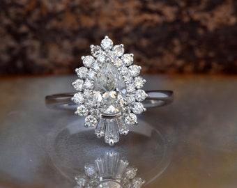 1 Carat Diamond engagement ring vintage-14K white Gold-Promise ring-Pear shaped diamond engagement ring-Baguette diamond ring-Art deco ring