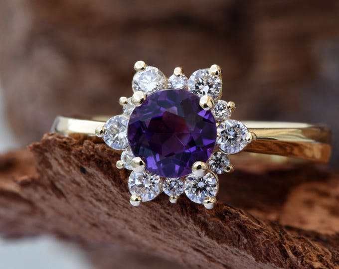 Amethyst cluster ring-Amethyst engagement ring-Multistone ring-Amethyst ring vintage-Promise Ring-Gift for her-Flower ring-Anniversary ring