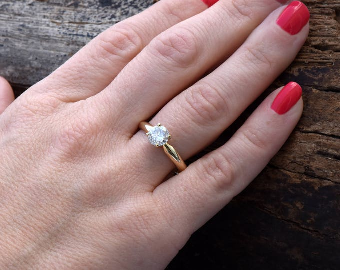 Solitaire diamond engagement ring-Solitaire ring 0.88 carat -Classic diamond ring-Diamond Engagement Ring-Gold Ring-Promise ring-For her