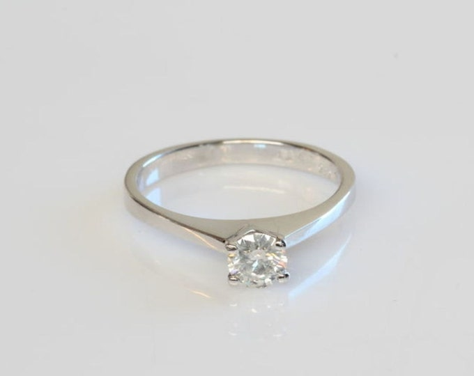 Solitaire diamond ring-0.20 carat Diamond Engagement Ring-Gold Ring-Solitaire diamond engagement ring-Unique Ring-Promise ring-For her gift