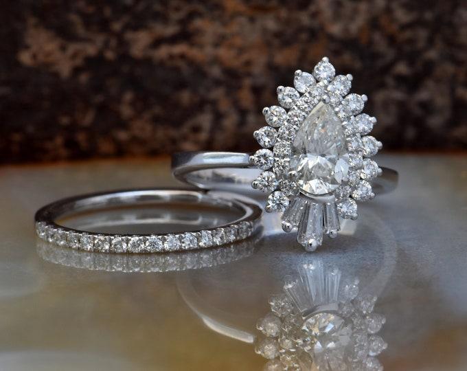 Cluster wedding ring set-Baguette wedding bands women-Diamond engagement ring vintage-Gold ring-Promise ring-Pear shaped diamond ring