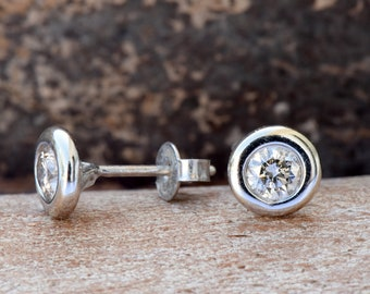 Diamond Earrings 0.60 carat Gold -Gold Earrings-Stud Earrings-Solitaire diamond earrings-Art deco earrings-Gift for her-Cluster earrings