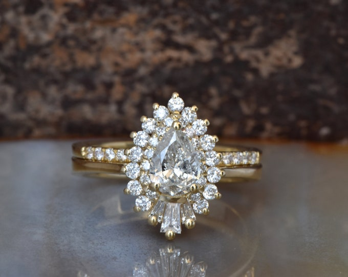 Cluster wedding ring set-Baguette wedding bands women-Diamond engagement ring vintage-Gold ring-Promise ring-Pear shaped diamond ring