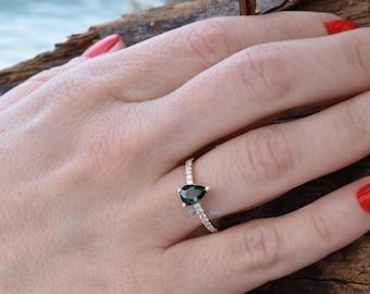 Tourmaline engagement ring-Green tourmaline ring-Anniversary present-Promised ring-Vintage engagement ring-Solid gold ring-Tiara ring