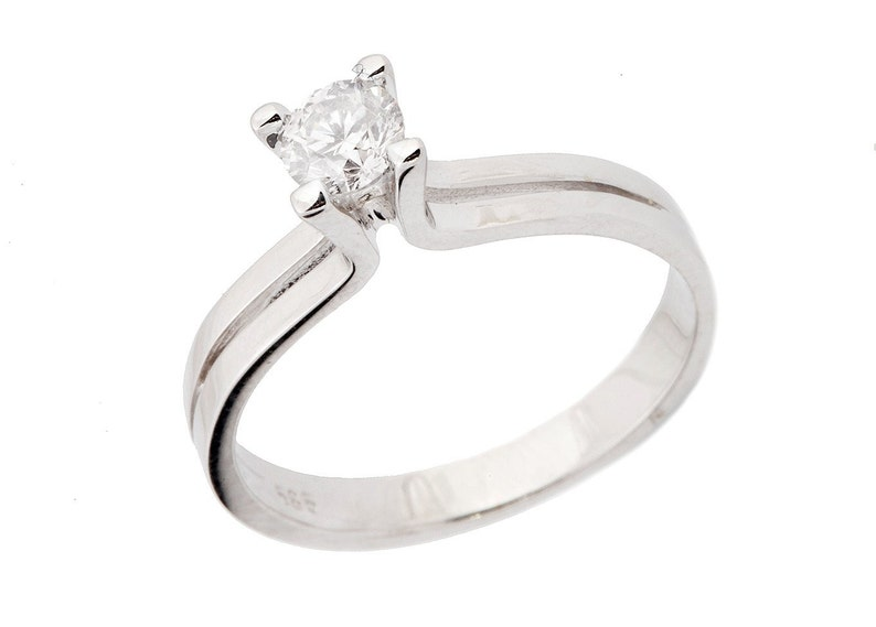Diamond Engagement Ring 0.19 carat-Solitaire White Gold image 0