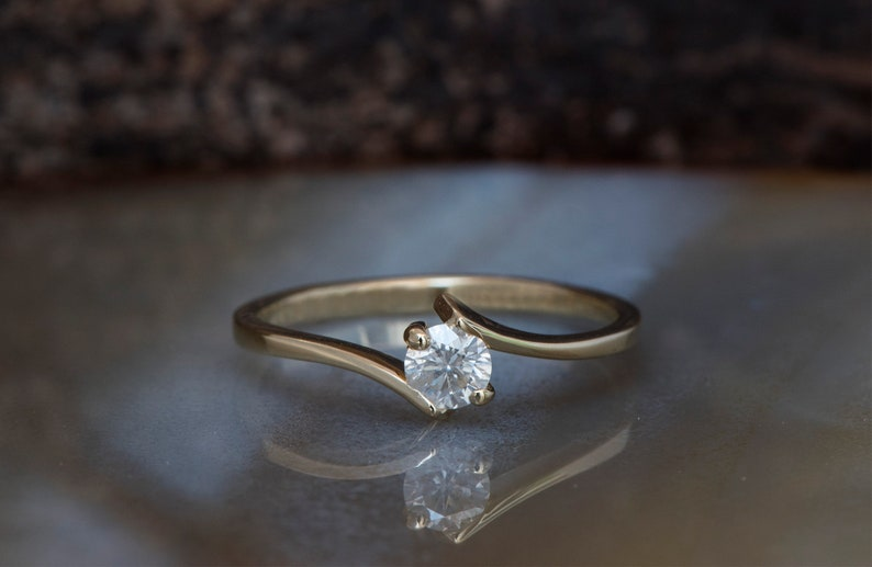 Diamond Engagement Ring-Solitaire ring 14K Yellow Gold-Small image 0