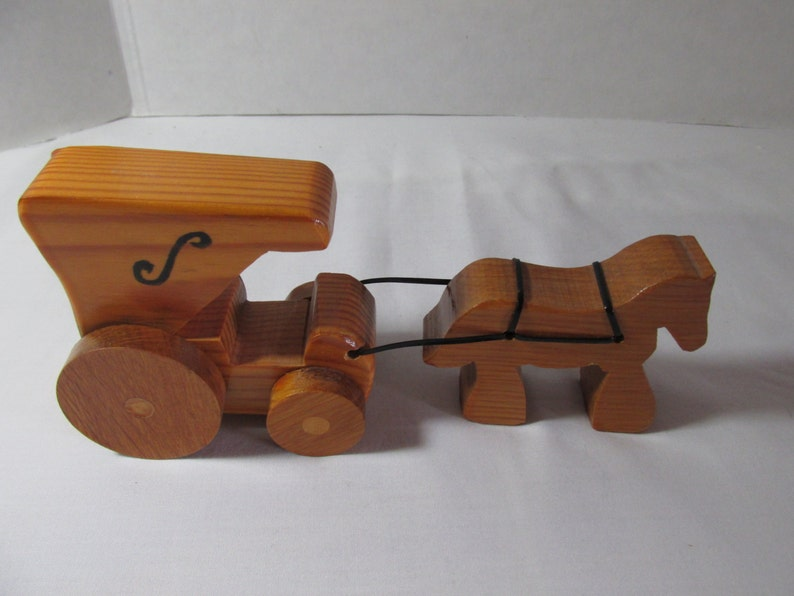 Wooden toy horse and buggy, handcrafted in Kentucky
