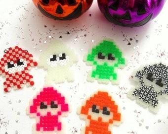 SPLATOON HALLOWEEN SQUIDS Glow in the Dark Perlerbead art, can be made as pin or magnet