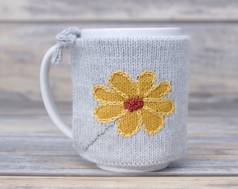 Flower lover gift, Knitted coffee mug cozy, Party favor, Mug sweater, Tea sleeve,  Cup warmer, Coffee cosy, Hot drink cozy, Floral design