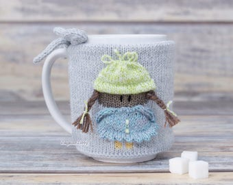 Gift for her, Knitted coffee mug cozy with little girl, Party favor, Hot drink cozy, Mug sweater, Tea sleeve, Cup warmer, Kitchen decor