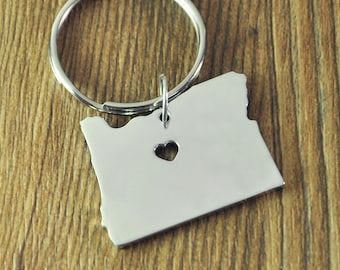 I heart Oregon keyring, Custom Oregon Map key chain, Personalized State map key ring State keychains map jewelry map charm