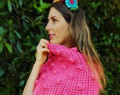 Bobblicious Capelet - Crochet Pattern by The Little Bee