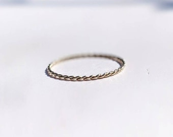 9ct gold twist ring, solid gold stacking ring, minimal dainty ring, thin twisted ring, fine gold jewelry, gifts for her, real gold ring
