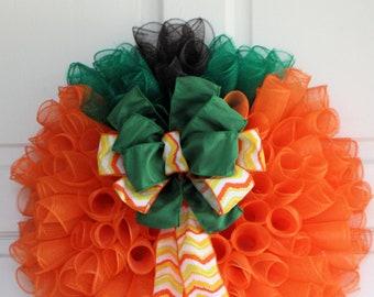 PUMPKIN SHAPED WREATH, Fall Curly Mesh Wreath, Orange Green Brown Spiral Front Door Decor, Halloween Thanksgiving Wall Hanging