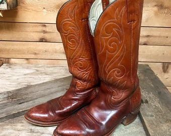 Men's Vintage DINGO Cedar Brown Leather Cowboy Boots Vtg Rugged Two Tone Western Boots Made in USA