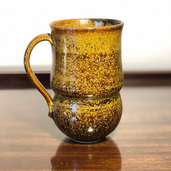 Golden Curved Mug 16oz