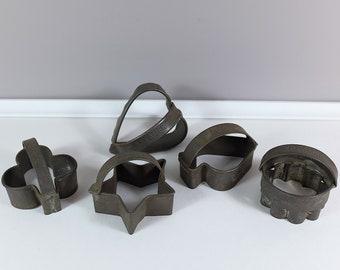 Primitive aluminium Kreamer set of 5 cookie cutters- Vintage Kreamer Cookie Cutters lot of 5 - Vintage pastry