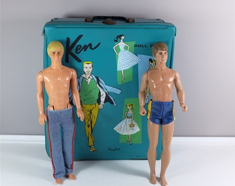 1961 vintage Ken doll case Ponytail by Mattel with two Ken, 1 trousers and 1 shorts - Vintage Ken - Retro Barbie - Vintage toys